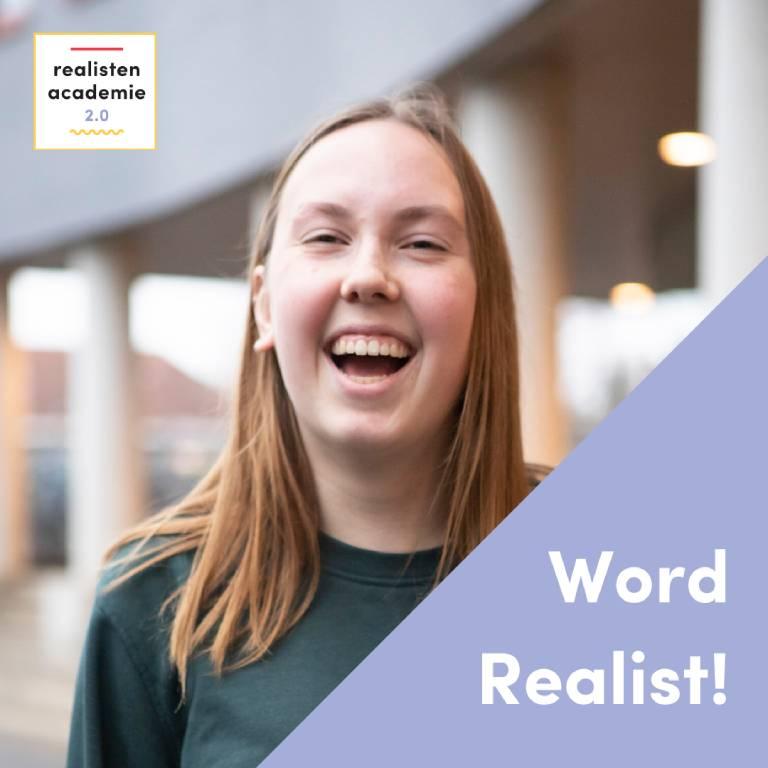 lachtend meisje met oproep 'Word Realist'