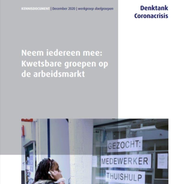 titel rapport en foto met persoon voor etalage met tekst vacatureoproepgroepen op de arbeidsmarkt